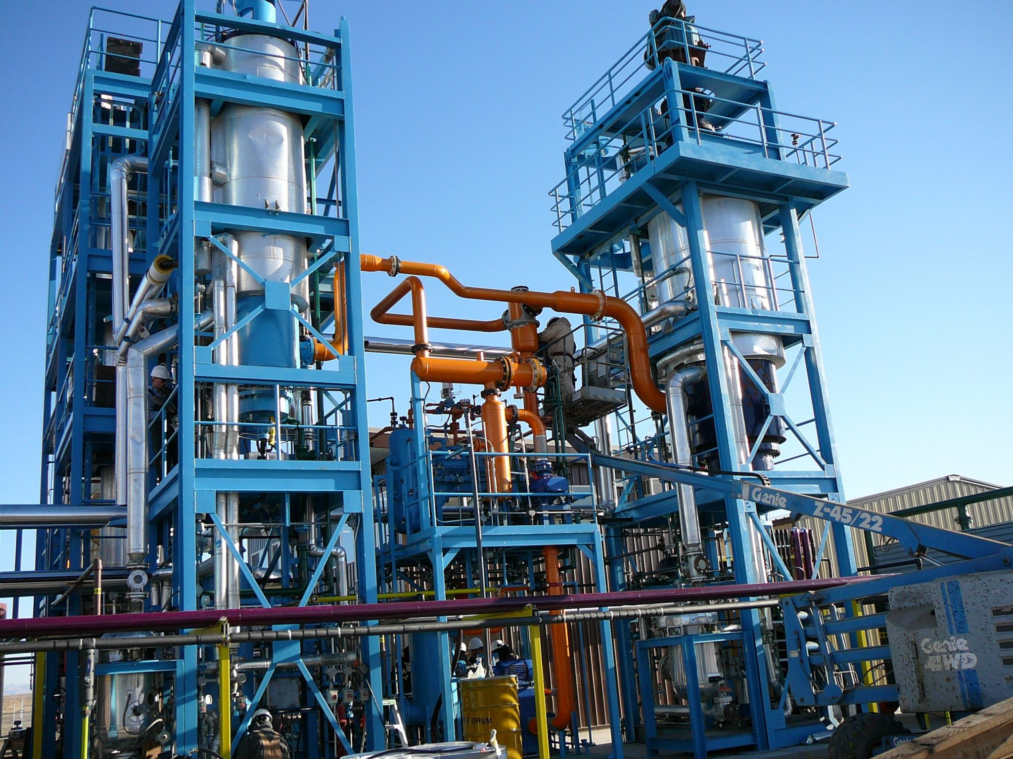 Oil recycling evaporator skids