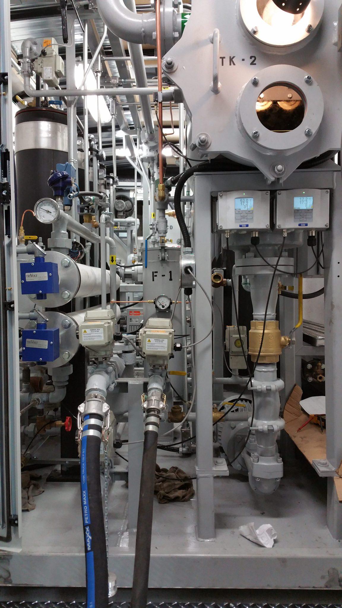 Transformer oil regeneration system stationary 1