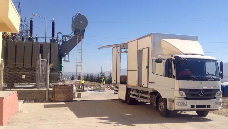 Transformer oil degasification plant trailer 2