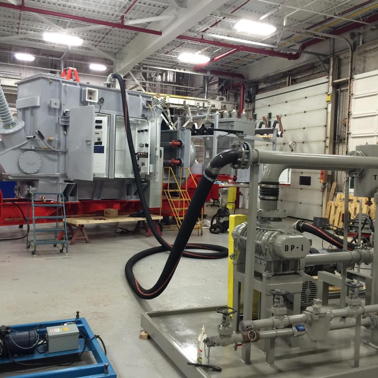 Transformer oil regeneration system workshop